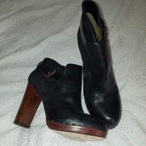 Sam Edelman Lulu Black Bootie Size 9.5